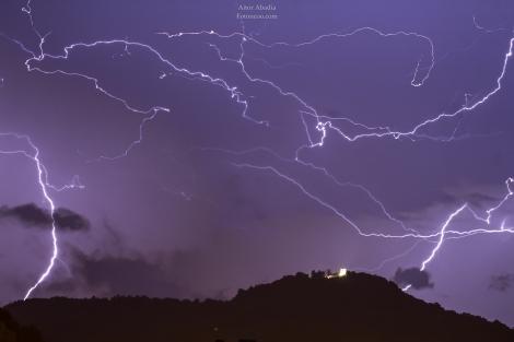 Noche de Rayos, Union de 5 fotos-